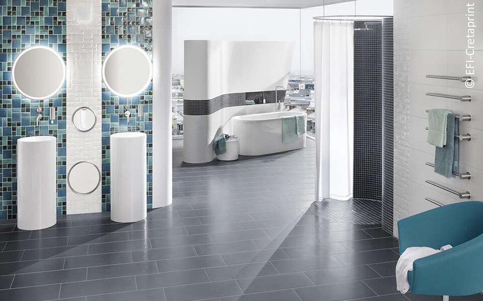 Un bagno realizzato usando la tecnologia Cretaprint di EFI