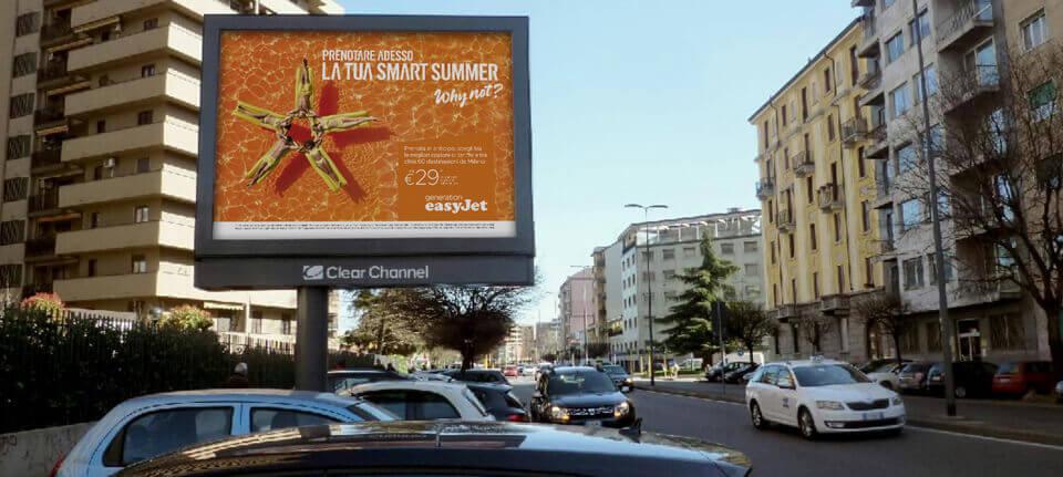 La prima campagna Moohbile easyJet a Milano